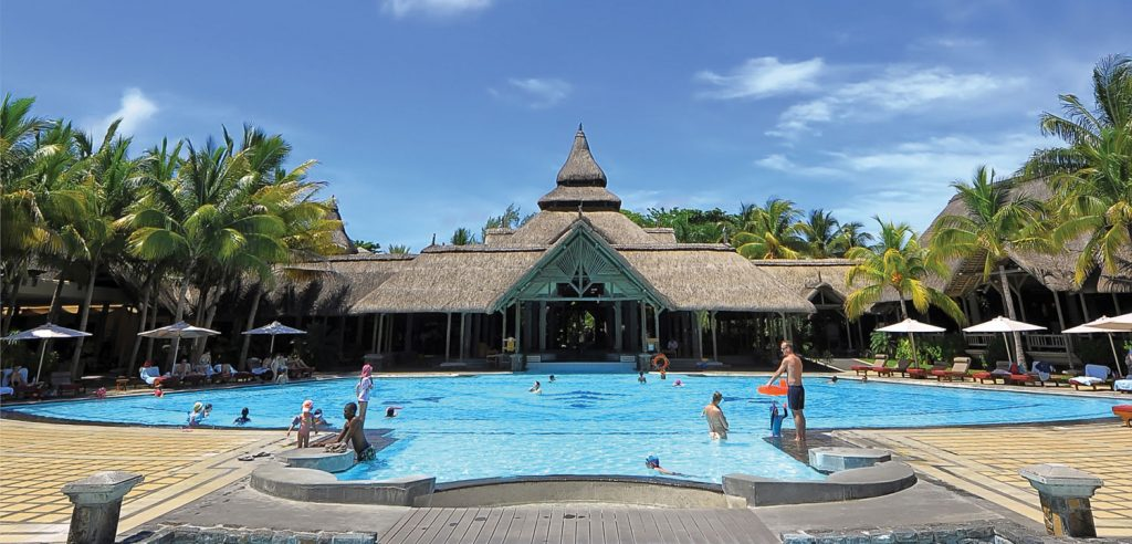 Beachcomber Maurituis resort with swimming pool