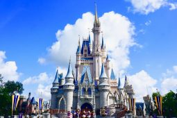Your Disney and Orlando Holiday FAQs Answered